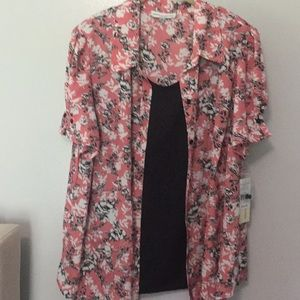 New with tags Ladies 2for1  blouse